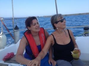 Marie France et Sarah à la barre de Tangara
